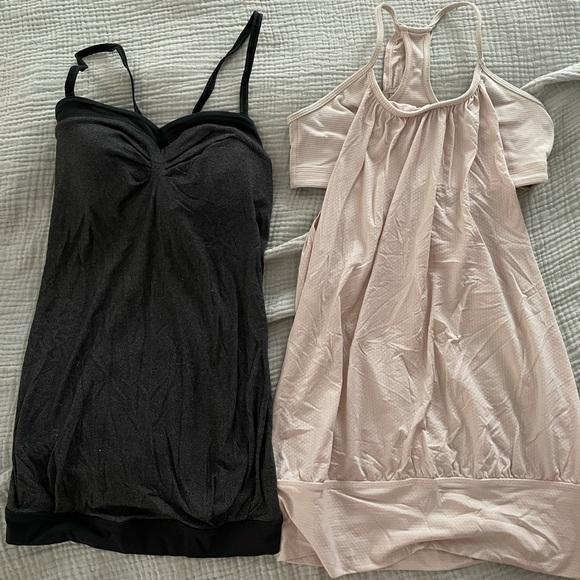 Lululemon tops. Size 4 (small) EUC. Pink & grey